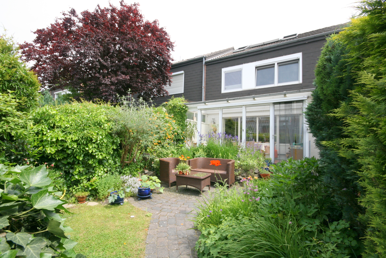 sommergarten drau en wintergarten drinnen rolefs immobilien. Black Bedroom Furniture Sets. Home Design Ideas